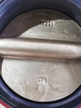 Затвор поворотный дисковый чугунный ABRA с редуктором. Поворотный затвор с уплотнением NBR и диском из Ni-AL Bronze C958 (Никель-алюминиевая бронза). Затвор с редуктором.